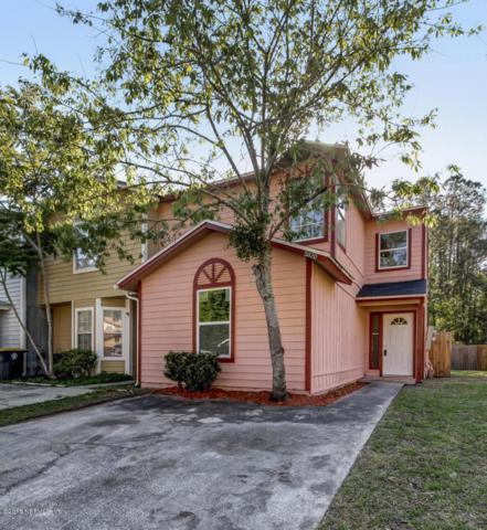 5820 Liska Dr, Jacksonville, FL 32244 (MLS #927884) :: The Hanley Home Team