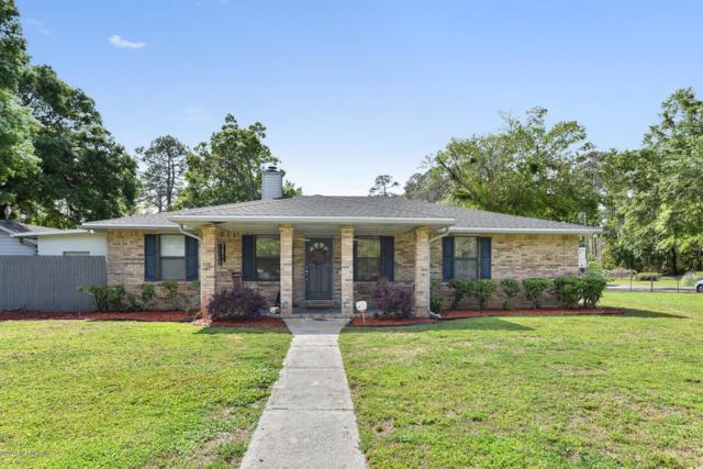 11426 West Court Blvd, Jacksonville, FL 32218 (MLS #927974) :: The Hanley Home Team