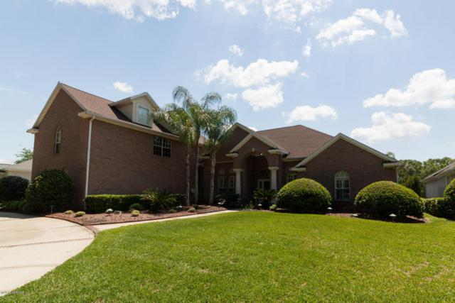 2862 Country Club Blvd, Orange Park, FL 32073 (MLS #930978) :: The Hanley Home Team