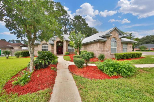 4651 Confederate Oaks Dr, Jacksonville, FL 32210 (MLS #933643) :: The Hanley Home Team