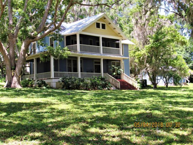 405 S Prospect St, Crescent City, FL 32112 (MLS #935961) :: The Hanley Home Team