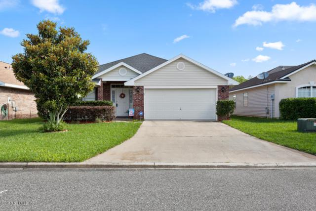 2361 Creekfront Dr, GREEN COVE SPRINGS, FL 32043 (MLS #936293) :: The Hanley Home Team