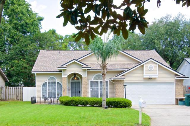 2151 St Martins Dr W, Jacksonville, FL 32246 (MLS #936854) :: EXIT Real Estate Gallery