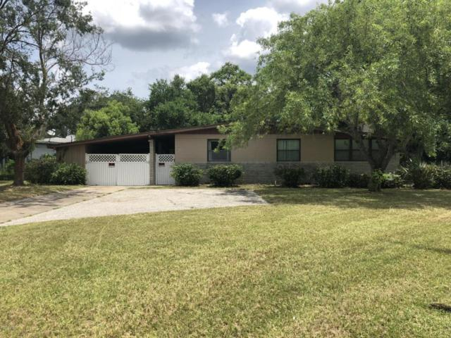2803 Holly Point Dr, Jacksonville, FL 32277 (MLS #937909) :: EXIT Real Estate Gallery