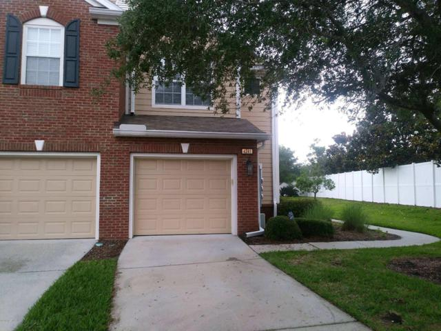 4241 Crownwood Dr, Jacksonville, FL 32216 (MLS #938119) :: The Hanley Home Team