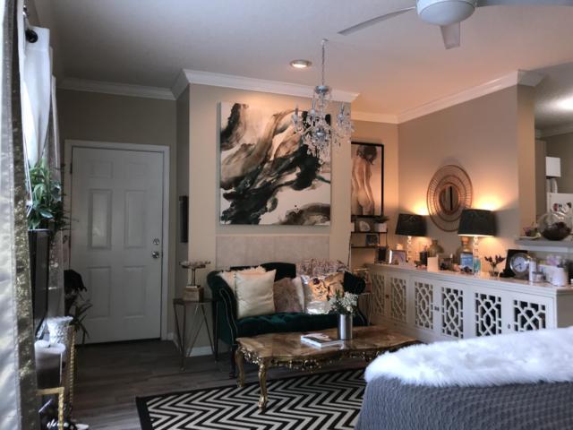 12 Jardin De Mer Pl #12, Jacksonville Beach, FL 32250 (MLS #938959) :: Berkshire Hathaway HomeServices Chaplin Williams Realty