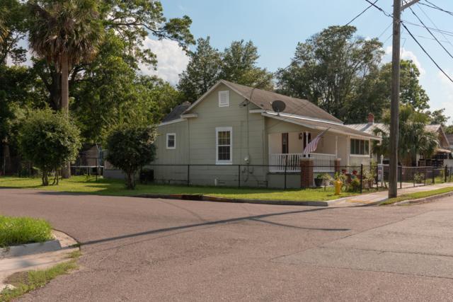 1402 5TH St, Jacksonville, FL 32209 (MLS #940008) :: Memory Hopkins Real Estate