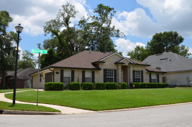 1299 Waterfall Dr, Jacksonville, FL 32225 (MLS #940258) :: The Hanley Home Team
