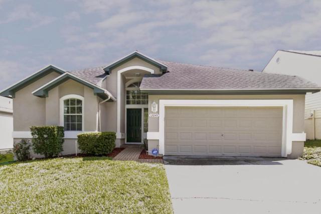 12045 Harbour Cove Dr S, Jacksonville, FL 32225 (MLS #942082) :: The Hanley Home Team