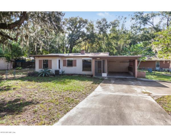 2215 Silver Lake Dr, Palatka, FL 32177 (MLS #944250) :: EXIT Real Estate Gallery