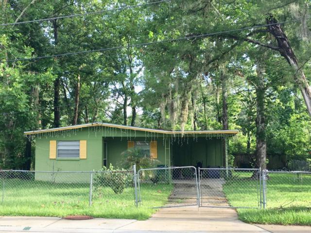 823 Floyd Cir N, Orange Park, FL 32073 (MLS #944333) :: EXIT Real Estate Gallery