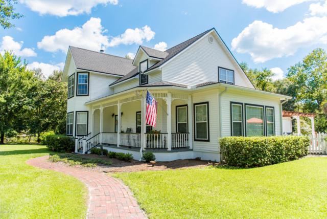 7430 Big Bear Ln, Glen St. Mary, FL 32040 (MLS #944482) :: Memory Hopkins Real Estate
