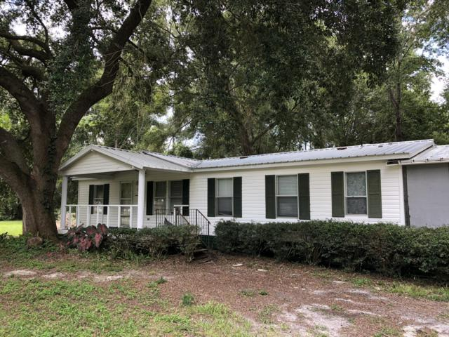 112 Sportsman Rd, Satsuma, FL 32189 (MLS #945748) :: Memory Hopkins Real Estate