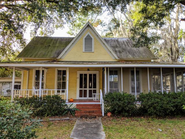 171 N Orange St, Starke, FL 32091 (MLS #948289) :: The Hanley Home Team