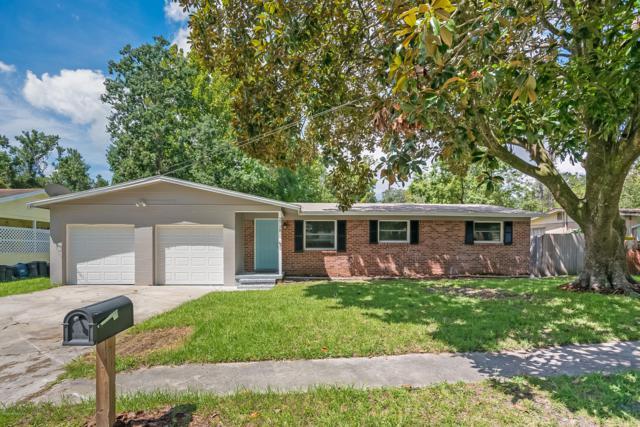2728 Robinette Dr, Orange Park, FL 32073 (MLS #953660) :: EXIT Real Estate Gallery