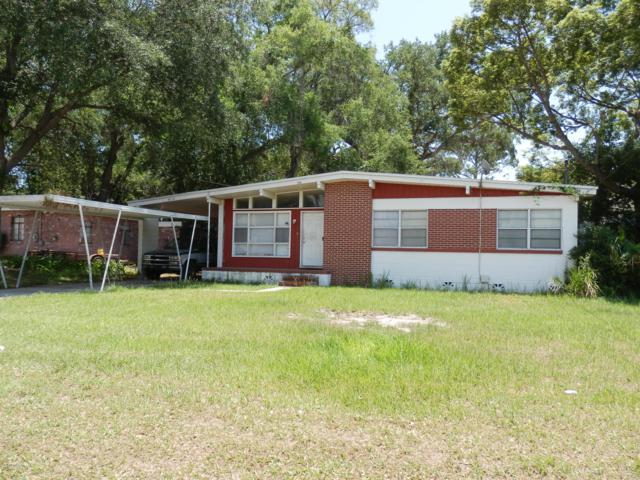 4714 Quarterland Dr, Jacksonville, FL 32207 (MLS #953730) :: EXIT Real Estate Gallery