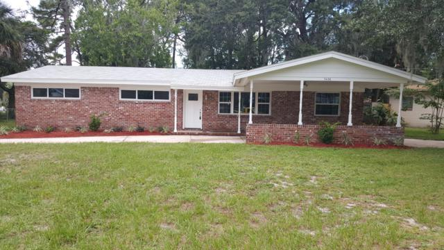 3436 Thornhill Dr, Jacksonville, FL 32277 (MLS #955019) :: The Hanley Home Team