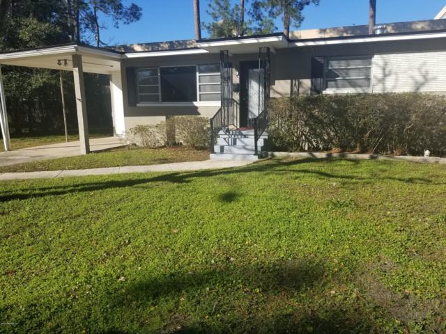 2038 Vasari Dr W, Jacksonville, FL 32216 (MLS #957544) :: The Hanley Home Team