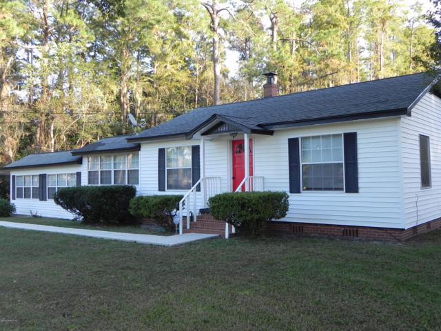 2285 Lake Dr, Jacksonville, FL 32246 (MLS #966822) :: Memory Hopkins Real Estate