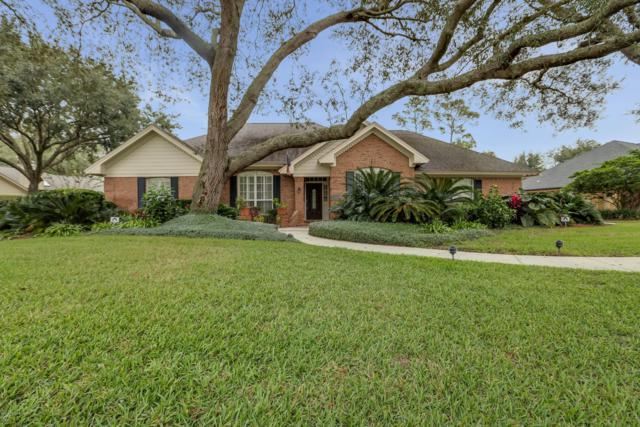 12059 Oldfield Pointe Dr, Jacksonville, FL 32223 (MLS #966990) :: Ancient City Real Estate