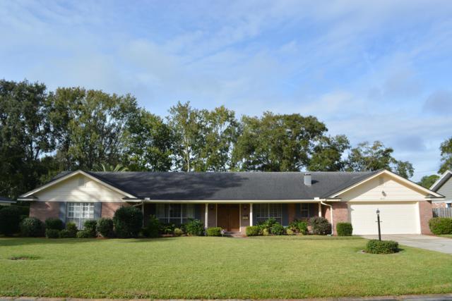 4637 Lancelot Ln, Jacksonville, FL 32210 (MLS #968226) :: The Hanley Home Team