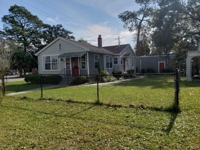 2666 Ridgewood Rd, Jacksonville, FL 32207 (MLS #972018) :: CrossView Realty
