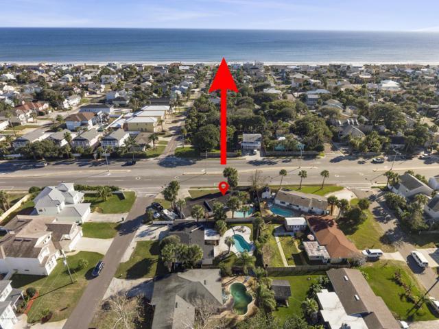 405 Davis St, Neptune Beach, FL 32266 (MLS #972621) :: The Hanley Home Team