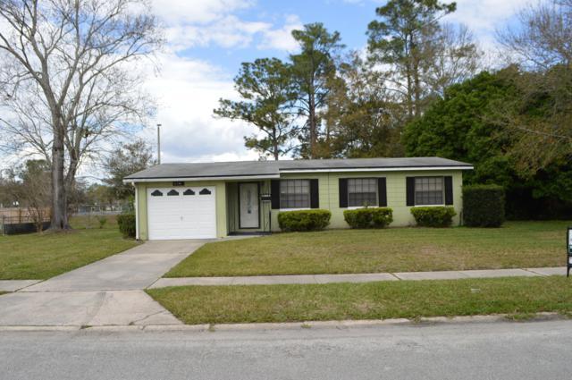 6725 Wurn Park Ct, Jacksonville, FL 32216 (MLS #977540) :: The Hanley Home Team