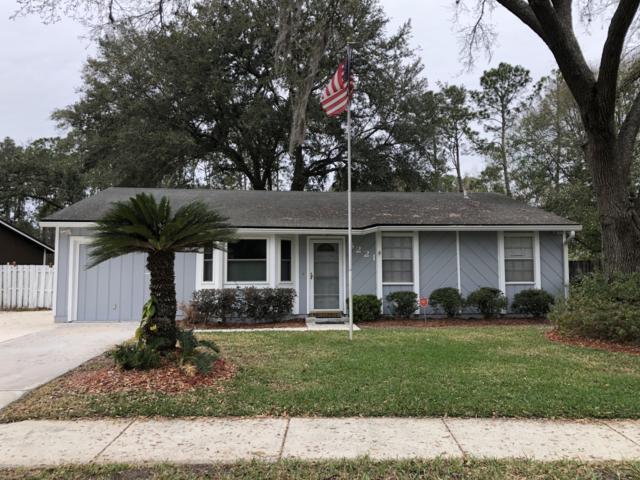 5221 Hoof Print Dr N, Jacksonville, FL 32257 (MLS #978792) :: The Hanley Home Team