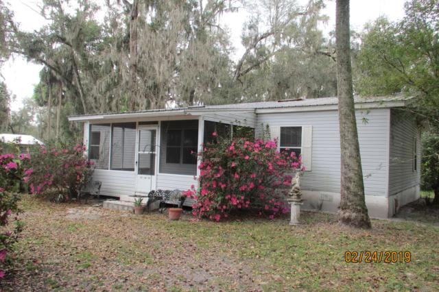 101 2ND Ave, Welaka, FL 32193 (MLS #979770) :: CrossView Realty