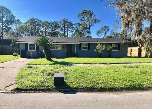 2902 Loran Dr W, Jacksonville, FL 32216 (MLS #982898) :: The Hanley Home Team