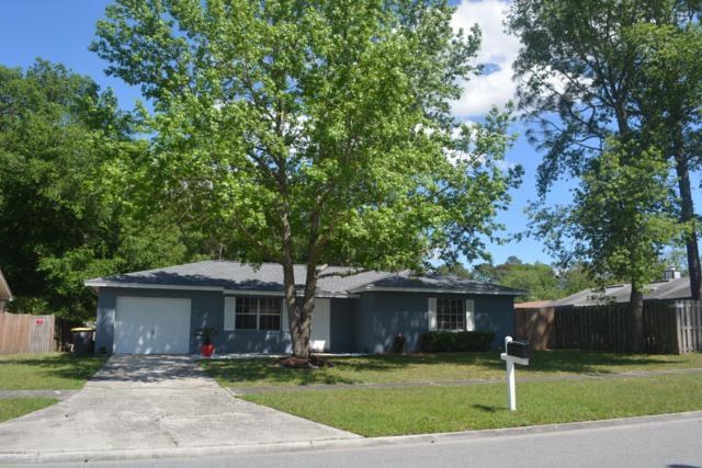 6319 Dickens Dr, Jacksonville, FL 32244 (MLS #989630) :: The Hanley Home Team