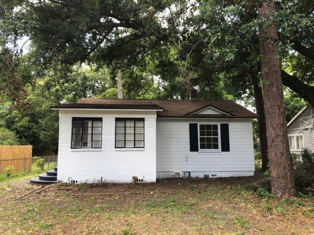 942 Wayne St, Jacksonville, FL 32208 (MLS #989702) :: Memory Hopkins Real Estate