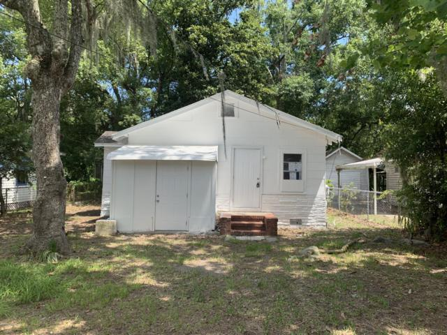 444 W 60TH St, Jacksonville, FL 32208 (MLS #990468) :: The Hanley Home Team
