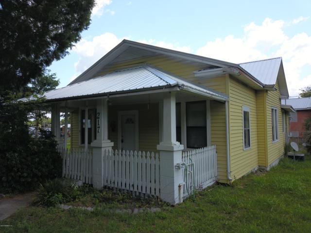 217 17TH St, Palatka, FL 32177 (MLS #992672) :: The Hanley Home Team