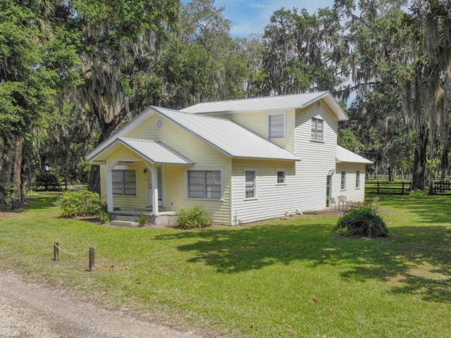 135 Federal Point Rd, East Palatka, FL 32131 (MLS #996093) :: The Hanley Home Team