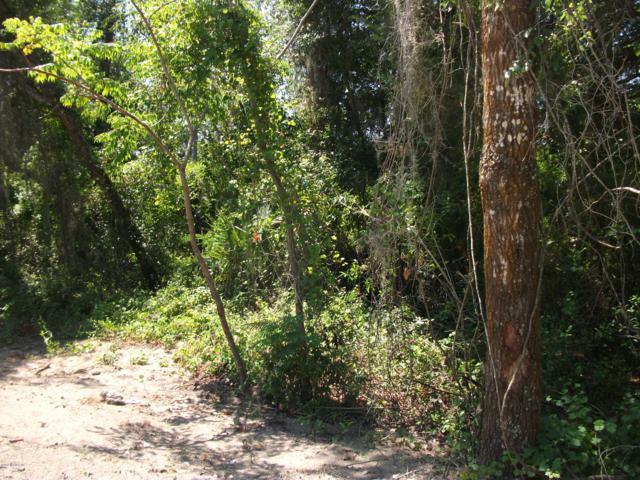 802 SE Hawthorne Rd, Hawthorne, FL 32640 (MLS #997720) :: Berkshire Hathaway HomeServices Chaplin Williams Realty