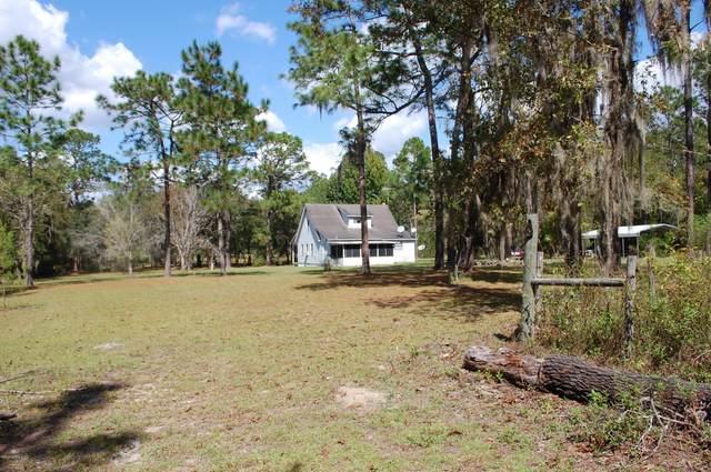 295 Redwater Lake Rd, Hawthorne, FL 32640 (MLS #1021768) :: The DJ & Lindsey Team
