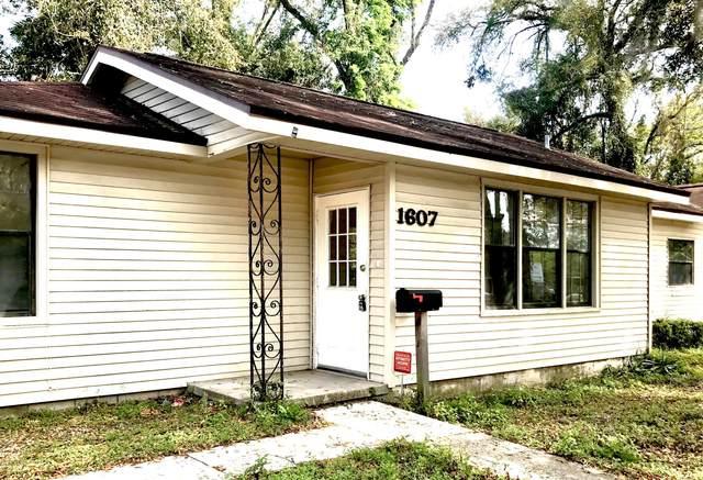1607 Blanding Blvd, Jacksonville, FL 32210 (MLS #1021976) :: The Hanley Home Team