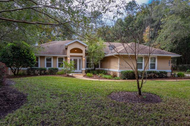701 Charmwood Dr, St Augustine, FL 32086 (MLS #1035421) :: The Hanley Home Team