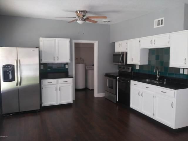 6921 Restlawn Dr, Jacksonville, FL 32208 (MLS #1041634) :: The Hanley Home Team