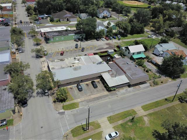 101 S 10TH St, Palatka, FL 32177 (MLS #1058240) :: EXIT Real Estate Gallery