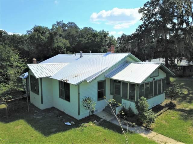 711 S 15TH St, Palatka, FL 32177 (MLS #1058463) :: Oceanic Properties
