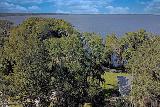 308 Riviera Dr, Crescent City, FL 32112 (MLS #1061490) :: Keller Williams Realty Atlantic Partners St. Augustine