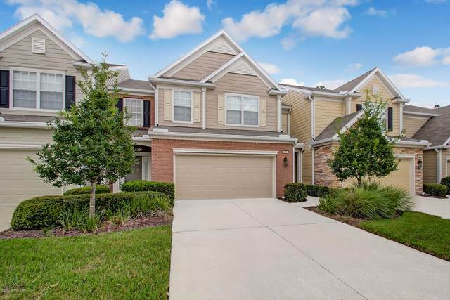 3881 Lionheart Dr, Jacksonville, FL 32216 (MLS #1067282) :: Homes By Sam & Tanya