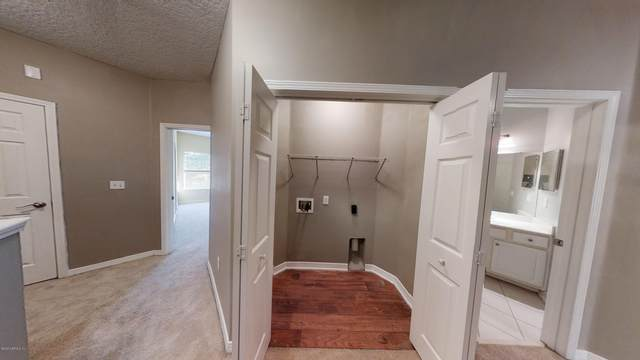 2190 Monument Rd #103, Jacksonville, FL 32225 (MLS #1081087) :: Berkshire Hathaway HomeServices Chaplin Williams Realty
