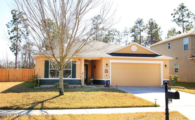 4930 Creek Bluff Ln, Middleburg, FL 32068 (MLS #1090541) :: The Hanley Home Team