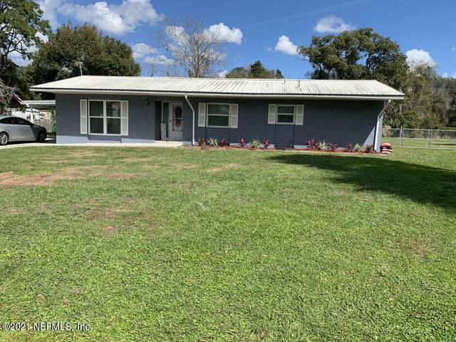 170 River Dr, East Palatka, FL 32131 (MLS #1098647) :: The Newcomer Group