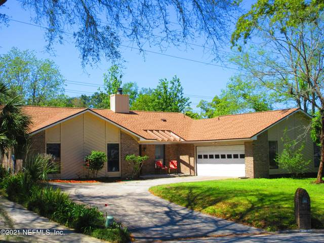 2626 Ridgecrest Ave, Orange Park, FL 32065 (MLS #1102812) :: Crest Realty