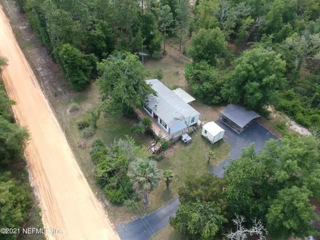 611 Union Ave, Interlachen, FL 32148 (MLS #1103362) :: Berkshire Hathaway HomeServices Chaplin Williams Realty
